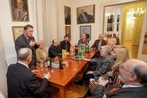 Delegácia Matice slovenskej prijatá Maticou chorvátskou v ich sídle. Foto-Mirko Cvjetko