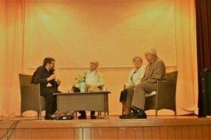 Debata s hosťami: Zľava: Michal Kočiš, Eduard Grečner, Agnesa Solčianska, Jozef Havetta