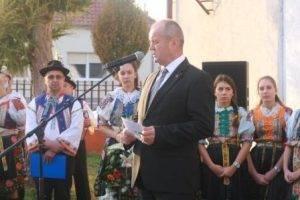 Spomienkovému zhromaždeniu sa prihovoril minister obrany SR P. Gajdoš