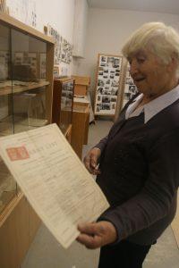 T. Pavlatovská, zakladateľka a sprievodkyňa Múzea MO MS V. Lovce