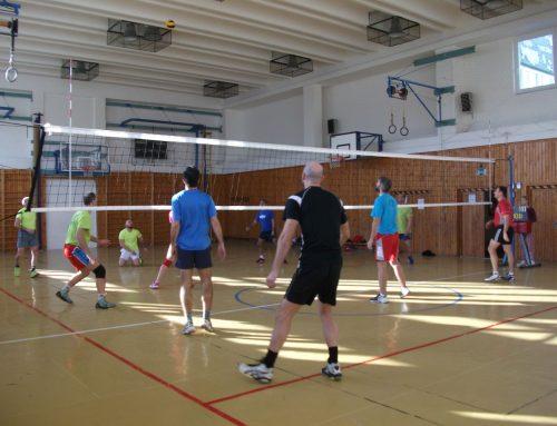 Vianočný volejbalový turnaj zmiešaných družstiev – O pohár Domu MS Galanta.