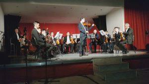 Orchester ľud. nástrojov počas svojich vystúpení na festivale v Prešove