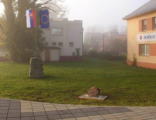 Osadenie štátneho pamätníka Ľudovíta Štúra v Štúrove tri roky komplikuje samospráva