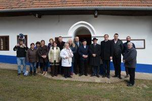 Majiteľ, prevádzkovateľ a autor renovácie Domu ľudového bývania Jozef Galbavý. Autor fotografie: Michal Németh