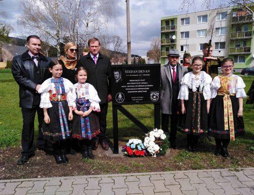 Hrdina Malej vojny Štefan Devan má v Smoleniciach pamätnú tabuľu vďaka Matici slovenskej