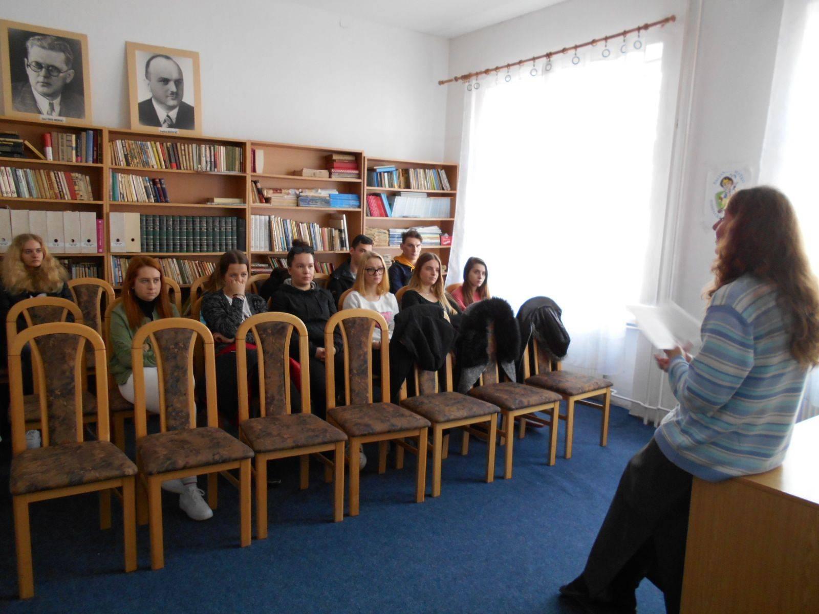 Študenti porovnávali súčasnosť s minulosťou v dielach Eleny Maróthy-Šoltésovej
