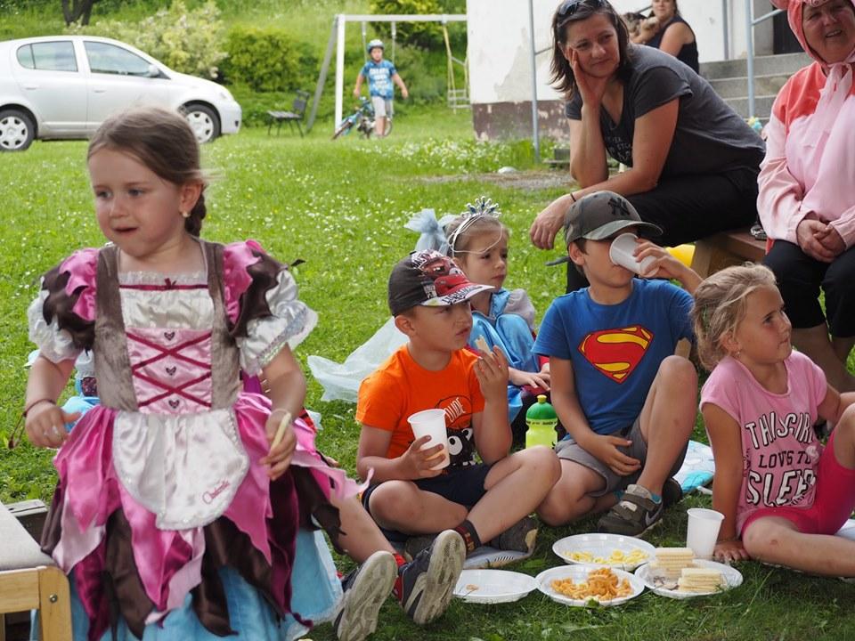 Celé Slovensko číta deťom v Nolčove