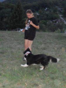 A. Wolfová so svojou sučkou