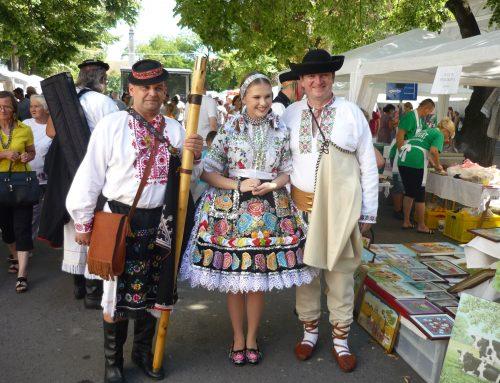 Na Slovenských národných slávnostiach v Báčskom Petrovci sa zúčastnili aj matičiari zregiónu Žiliny aHorného Považia