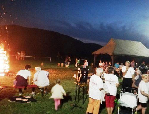 Slávnostné zapálenie vatry k27.výročiu prijatia Ústavy Slovenskej republiky vOndavských Matiašovciach