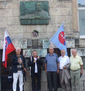 Pravdepodobne najskôr narodenému členovi MO MS Košice prišli vzdať česť súčasní matičiari