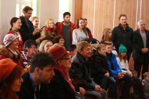 Nielen podujatie Novembrové spomínanie na Školské rády vUrmíne, ale aj výskum počas celého roka sa stretol sveľkým záujmom uobyvateľov Mojmíroviec.