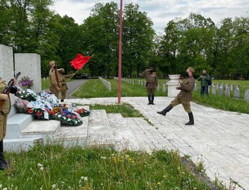 Hencnovský oddiel Gvardija na spomienkovej akcii 75. výročia ukončenia II. svetovej vojny v Michalovciach