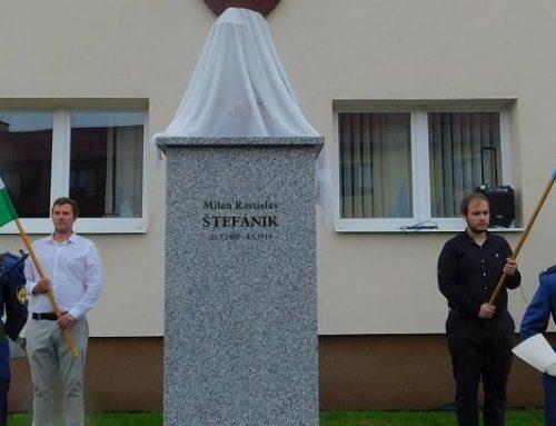 Znovuosadenie busty M. R. Štefánika vo Zvolenskej Slatine